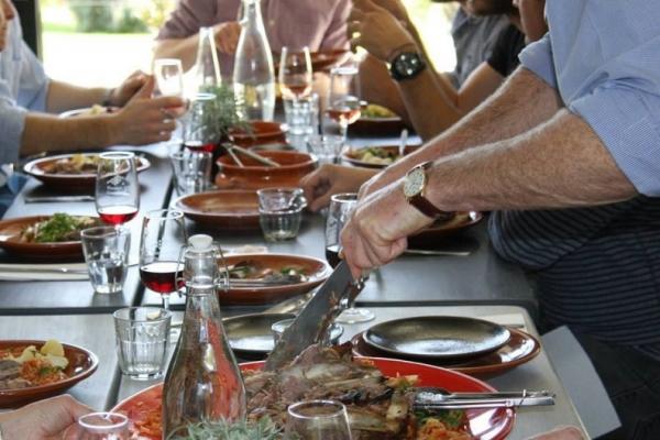 waratah-hills-vineyard-lunch30BA33FA-3C40-D108-16C2-7212C1530E6F.jpg